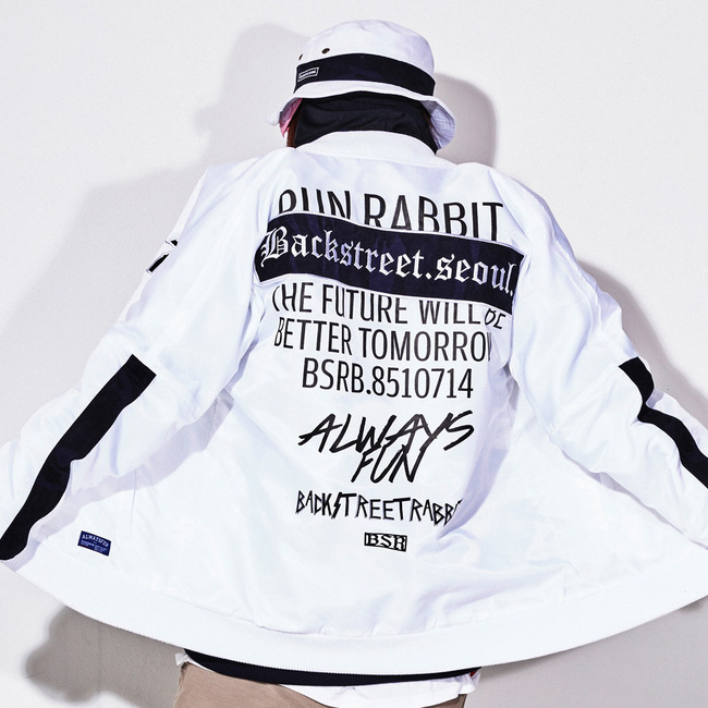 Invincible stadium jacket WHITE[소량입고]