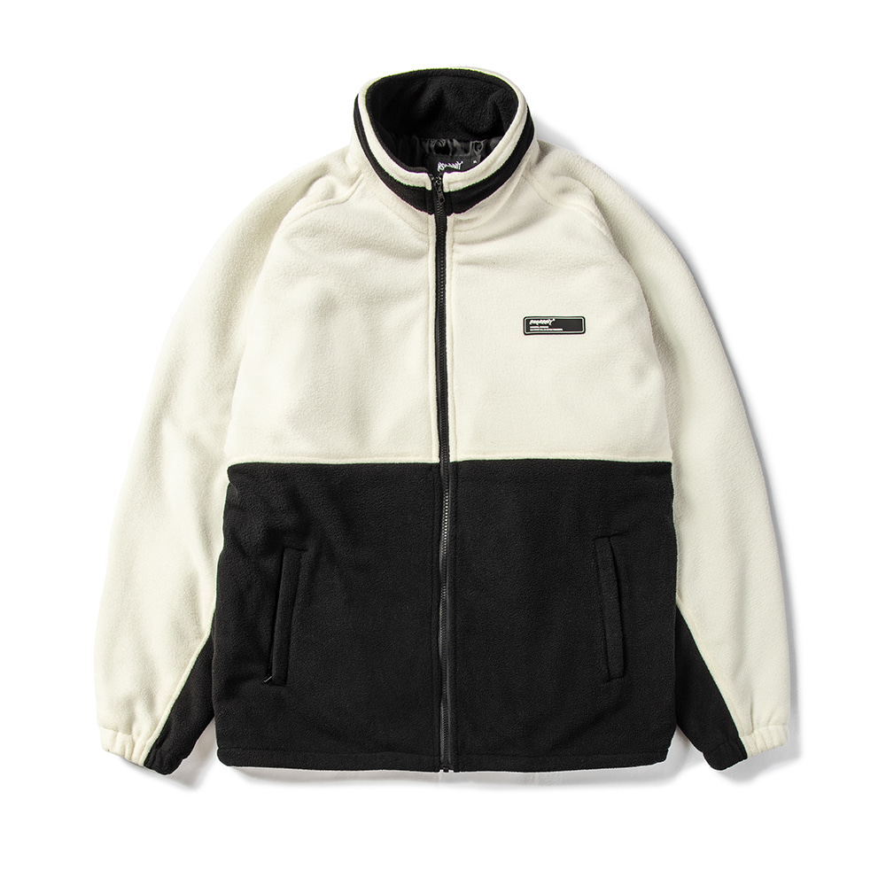 자체브랜드 TOASTY FLEECE JACKET WHITE / BLACK